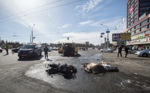 Мотоцикл и маршрутка столкнулись в Минске. Двое погибших